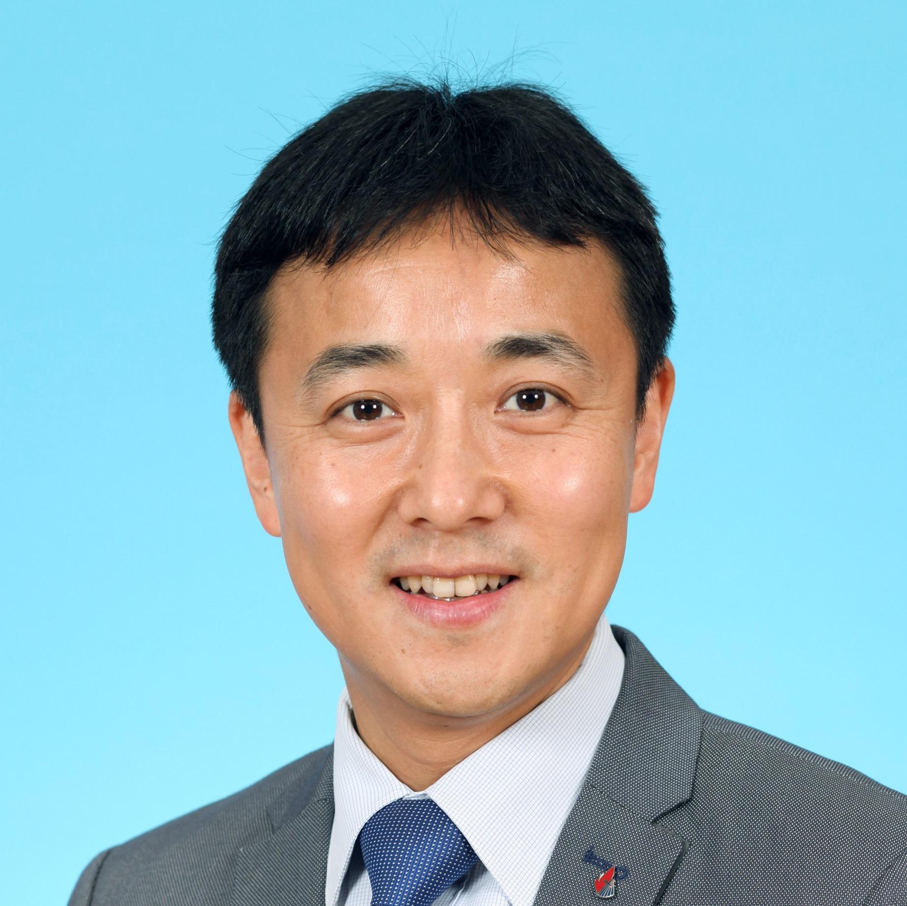 Mr Lam Tak-Yuk, Eddie