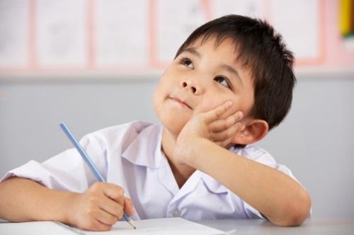 功課耐力賽: 鼓勵升上小一的孩子處理功課問題