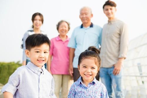 (影片) 父母做個好榜樣 長幼互敬相關愛